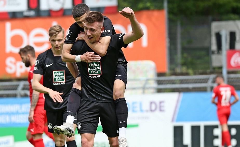Viktoria Köln und der FCK trennen sich leistungsgerecht mit 3:3.